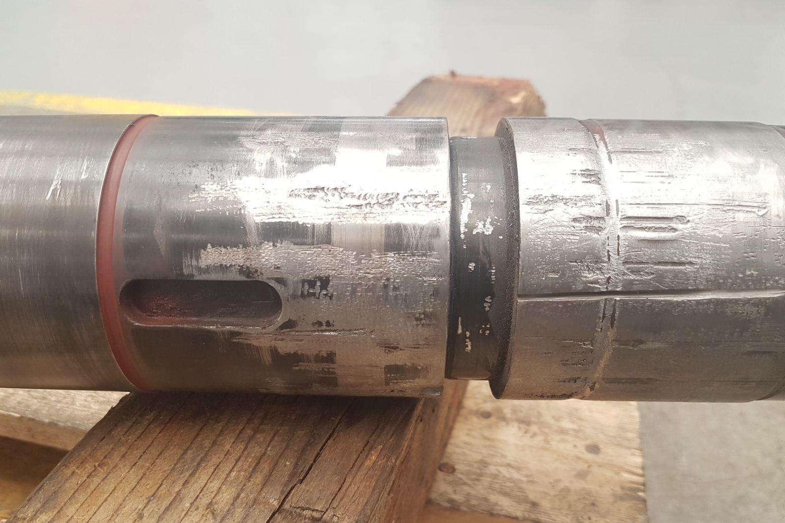 3. Asse di pompa danneggiato