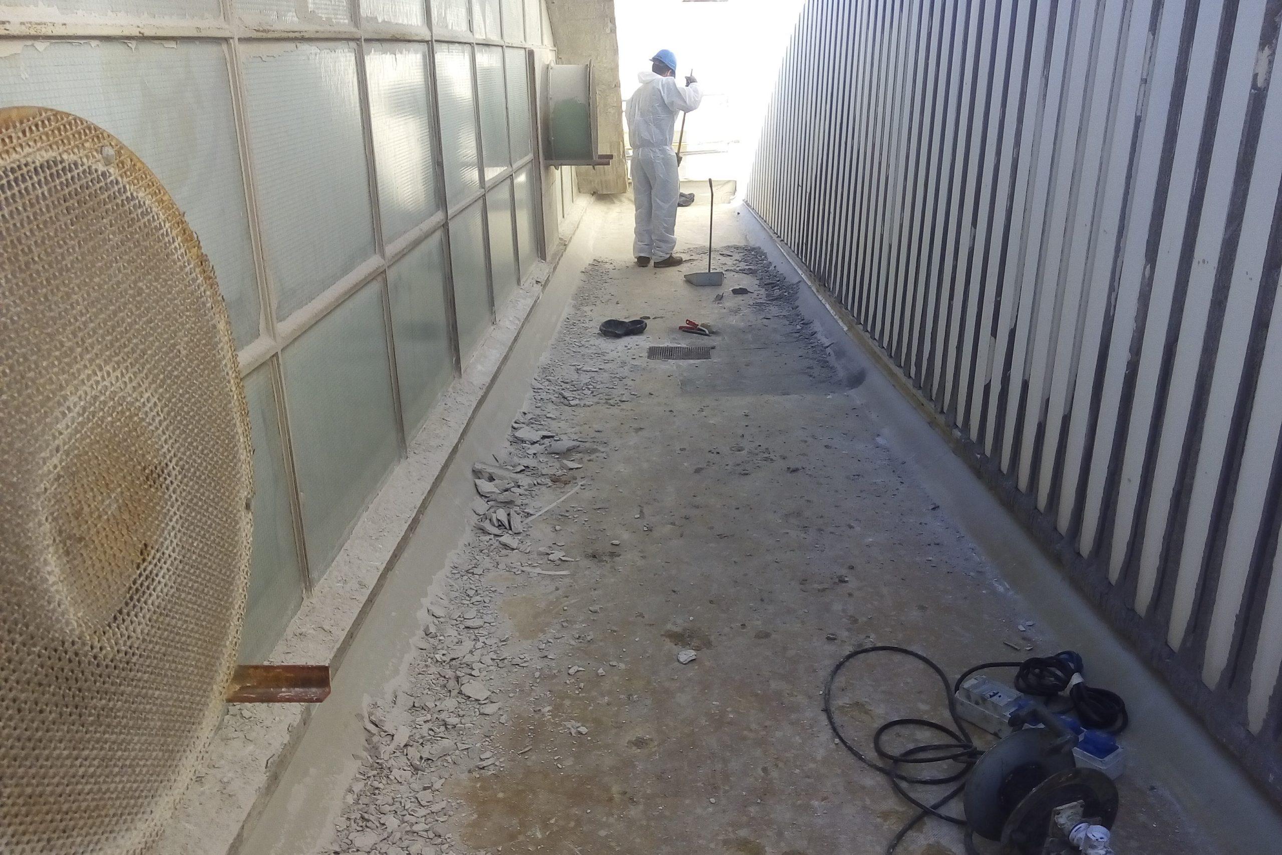 3. Infiltrazioni su tetto capannone